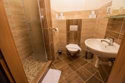 Nová koupelna na pokoji v hotelu Zadov